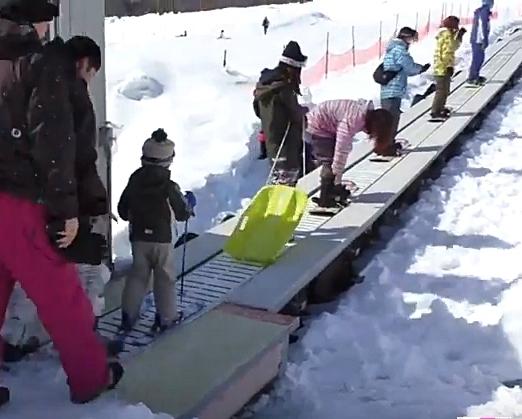 いいづなリゾートスキー場動く歩道乗り場